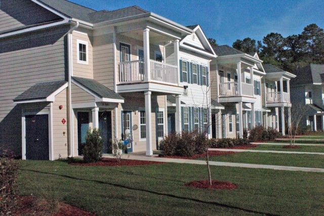 Marne Point, 334 new garden-style apartments for senior enlisted and junior officers, is an unaccompanied housing community managed by Balfour Beatty Communities.