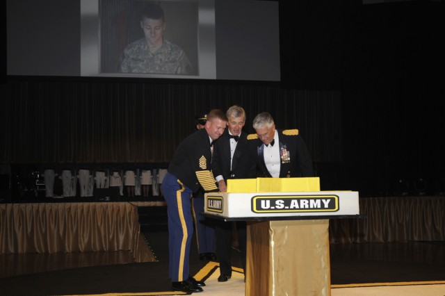 Sergeant Major of the Army Kenneth O. Preston, John M. McHugh, Secretary of the Army and Gen. George W. Casey,Jr., Chief of Staff of the Army, cut the Army Birthday Cake.