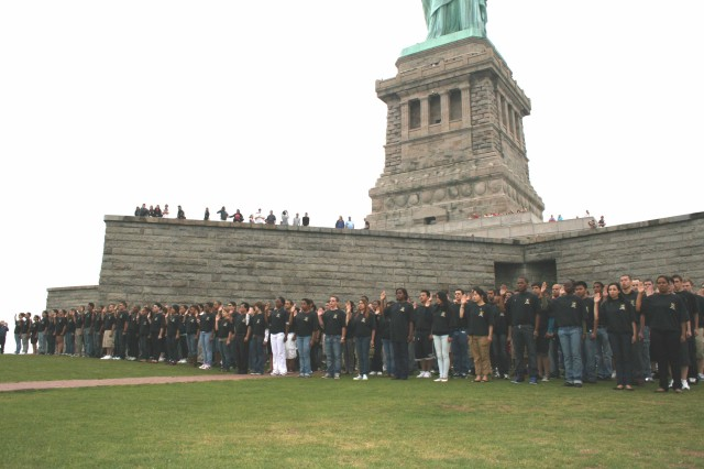 About 350 Future Soldiers representing New York City, greater New Jersey and Philadelphia, Pa., took the Oath of Enlistment at the base of the Statue of Liberty June 14. (U.S. Army photo by Master Sgt. Jennifer K. Yancey, OCPA-Northeast)