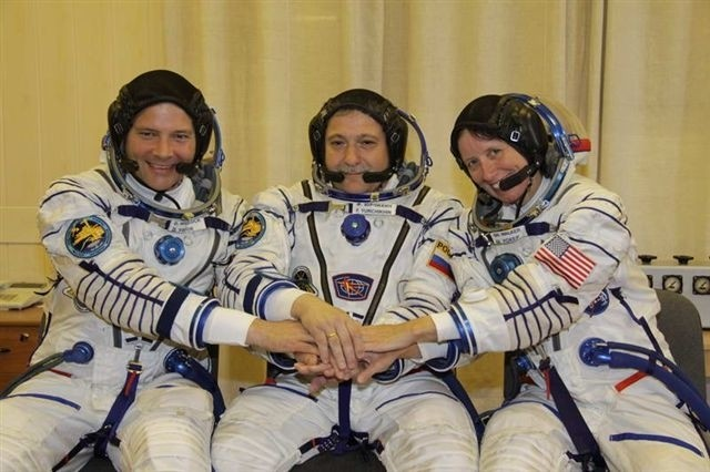 U.S. Army COL Doug Wheelock, Russian cosmonaut Fyodor Yurchikhin, and NASA Astronaut Shannon Walker prepare for their mission before Tuesday's launch of the three new Expedition 24 crew members.