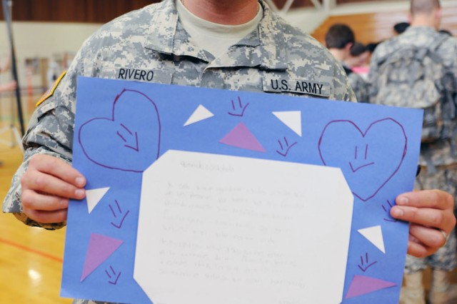 Presidio of Monterey Soldiers admires artwork, support from Miami high-school students