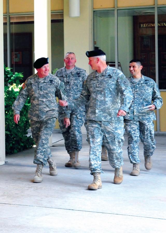 TRADOC commanding general visits Fort Gordon