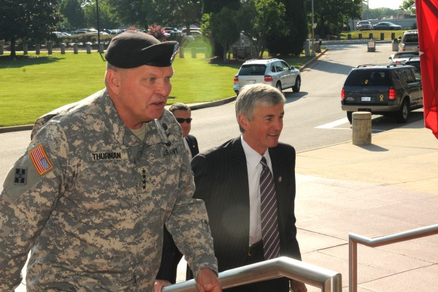 FORT MCPHERSON, Ga. (June 24, 2010)-Secretary of the Army John McHugh arrived at Headquarters, U.S. Army Forces Command (FORSCOM) earlier today, to attend a series of presentations from FORSCOM Commander Gen. James D. Thurman and other FORSCOM officials. The purpose of the secretary\'s visit was for him to enhance his knowledge of FORSCOM's mission and current operations. Briefing topics included FORSCOM's role as an Army Command and an Army Service Component Command,  the Army Force Generation (ARFORGEN) process, and the operational transition of the Reserve Component.