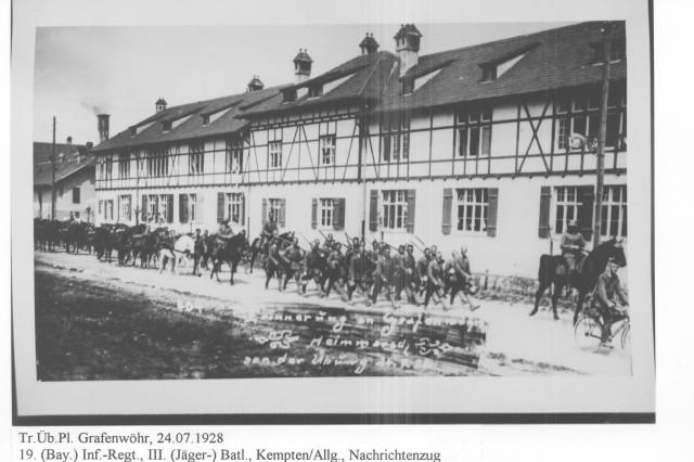 German soldiers march through Grafenwoehr.