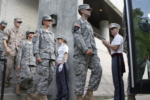 New class of West Point cadets include former Soldiers, NCOs
