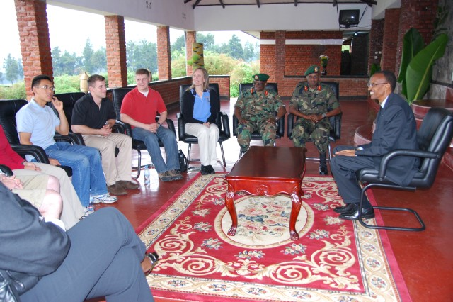 Rwandan President Paul Kagame, Lt. Gen. Caesar Kayizari, RDF Army Chief of Staff and Brig. Gen. Richard Rutatina, Defense and Security Advisor to the President, discuss the Rwandan transformation with cadets.