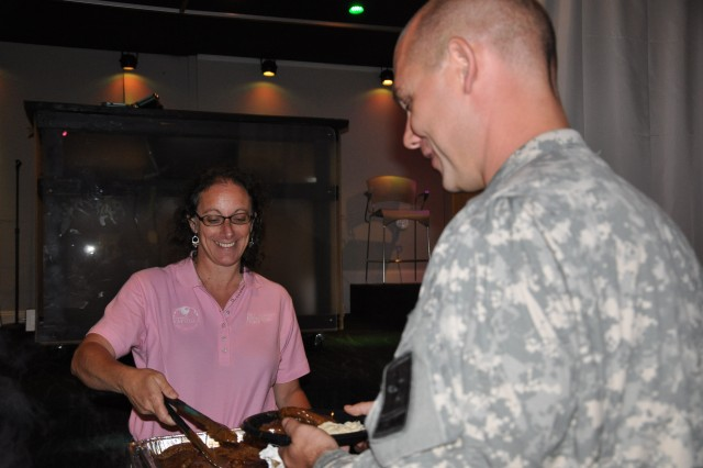 NCO Club manager puts Soldiers first