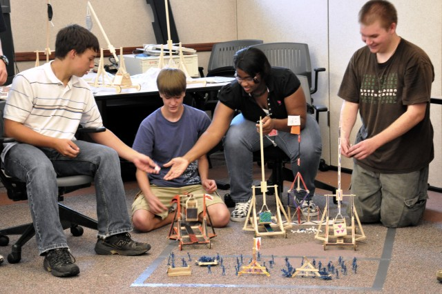 Students wage epic battle in miniature