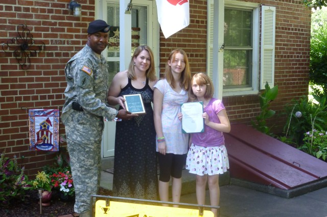 Installation honors Yard of Month winners