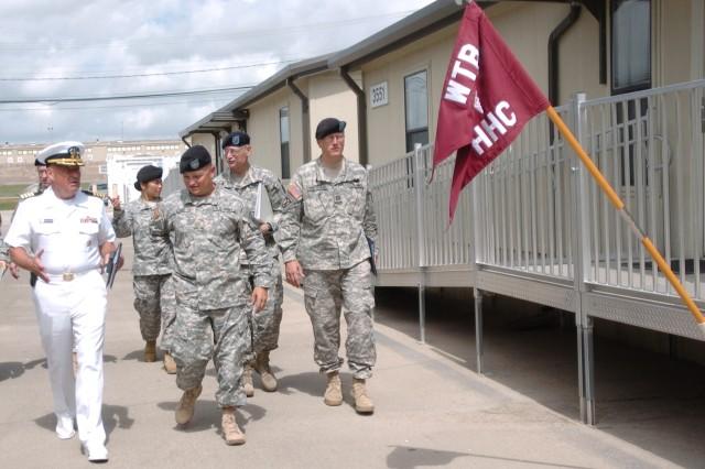 Navy Chaplain Visits Fort Hood WTB