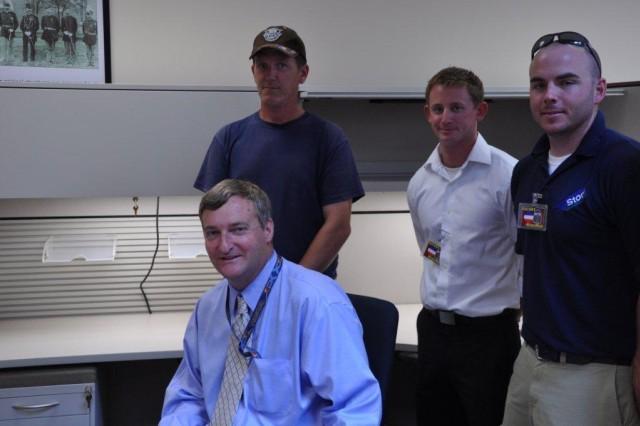 Bragg builder installs model work stations for FORSCOM, USARC Headquarters;