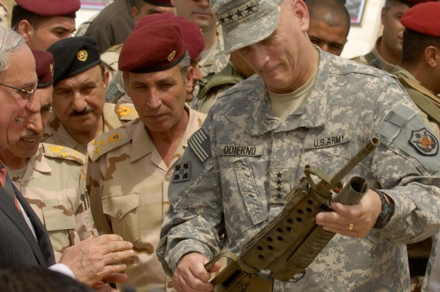 US, Iraqi leaders bid farewell to last American combat brigade