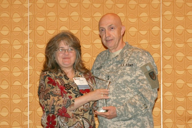 RDECOM commander named 'Military Leader of the Year'