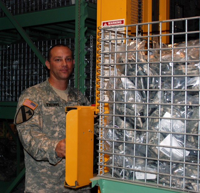 New York Central Issue Facility Strives to get National Guard Troops the Latest Gear