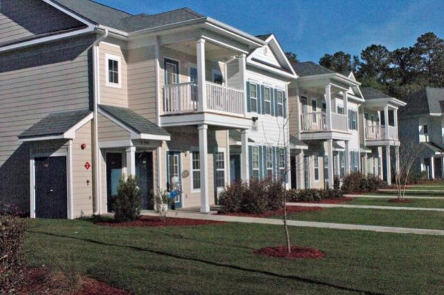 Army gives housing residents 'Bill of Rights'
