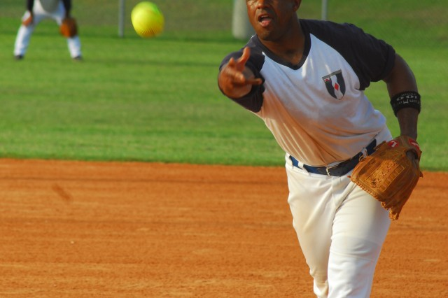 Willie Parker pitches for the 1st Battalion, 61st Infantry Regiment Roadrunners during the active duty championship game Monday against the 4th Battalion, 10th Infantry Regiment Dawgs. The Dawgs won, 16-6.