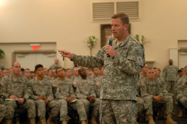 Sgt. Maj. of the Army Kenneth O. Preston speaks to approximately 500 1st Cavalry Division noncommissioned officers and junior enlisted Soldiers, Aug. 13, about current and future goals of the Army during a visit to Fort Hood, Texas.