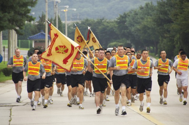 Warrior Country Soldiers take morning stroll