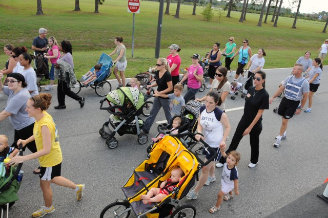 4th IBCT Yellow Ribbon Walk_strollers