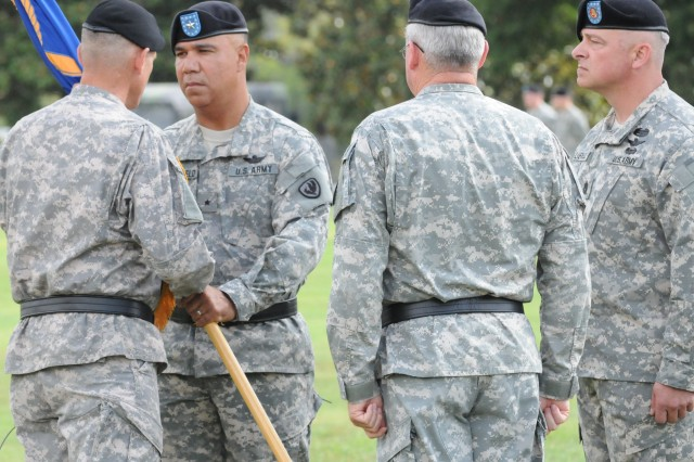 Crutchfield assumes command of USAACE, Fort Rucker