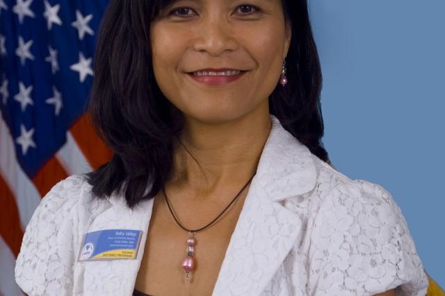 2009 Military Spouse Fellowship awardee