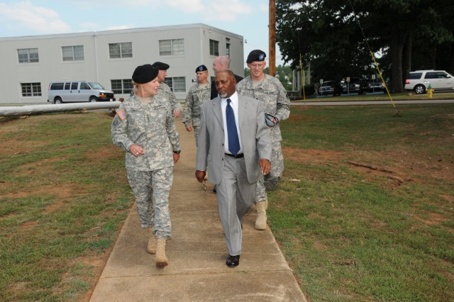 Gen. Dunwoody and her command staff were greeted by Al Thomas, USASAC\'s acting deputy.