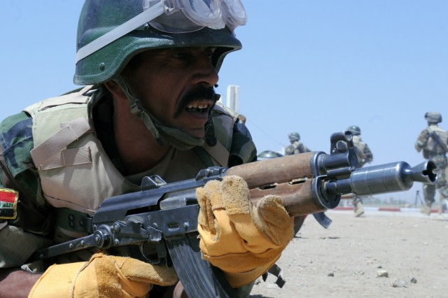 Iraqi Army exhibits show of strength