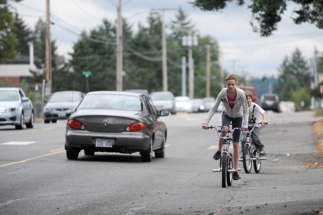 Bikers and motorists will not have to vie for position on the soon-to-be-revamped Pendleton Boulevard. Additional car-free lanes will help keep pedestrians and bikers safe.