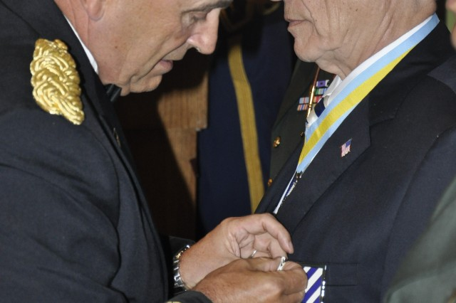 3rd ID veteran receives Purple Heart after 57 years