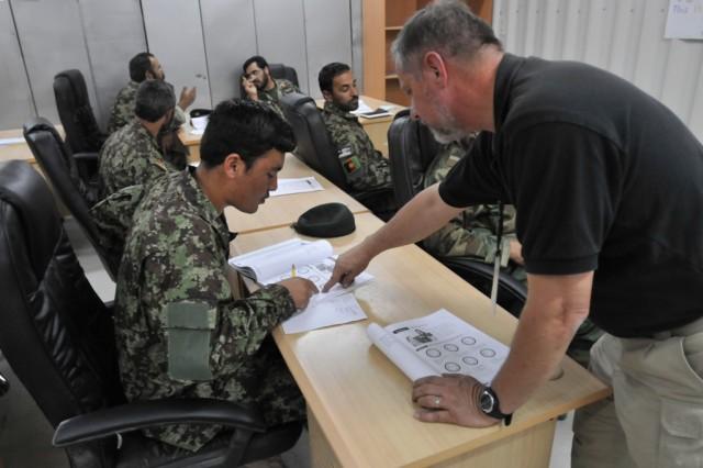 Afghan airmen learn English 1