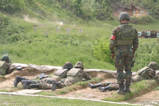 Commandos on the light machine gun range