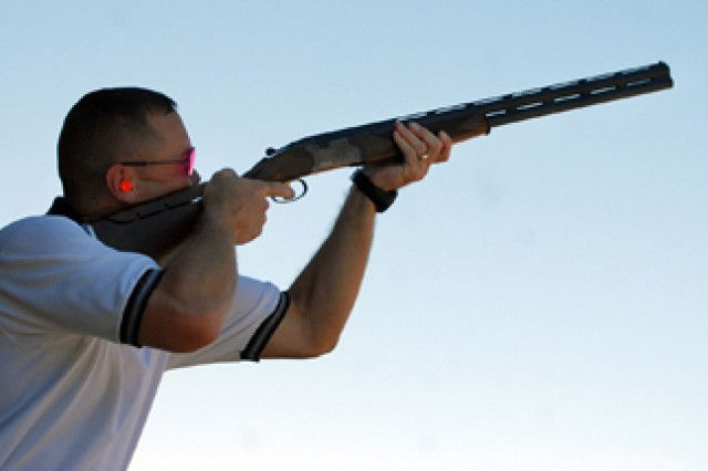 Skeet shooter competes at world level