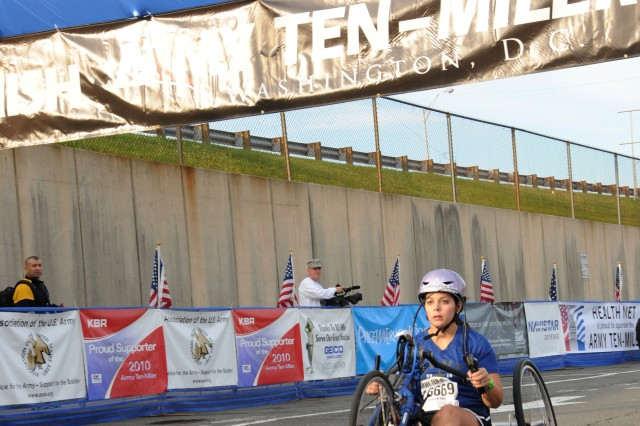 Wounded warriors take awards first time in Ten-Miler