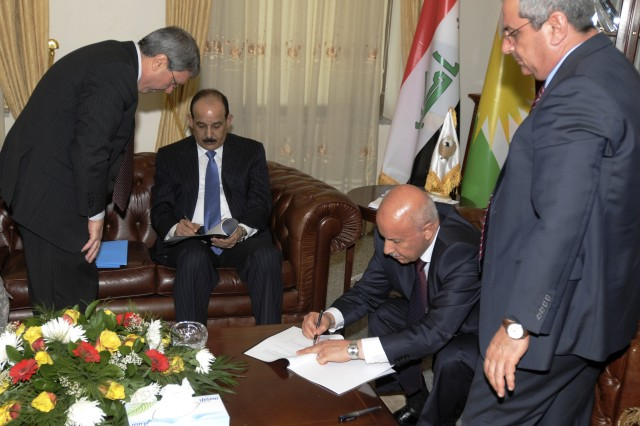 BAGHDAD - The Kurdish Regional Government Ministry of Interior Karim Sinjari and the Iraq Ministry of Interior Jawad Al Bolani signed a historic memorandum of agreement pledging greater cooperation among the two ministries in Arbil Oct. 20.