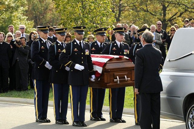 Simonetti interred at Arlington
