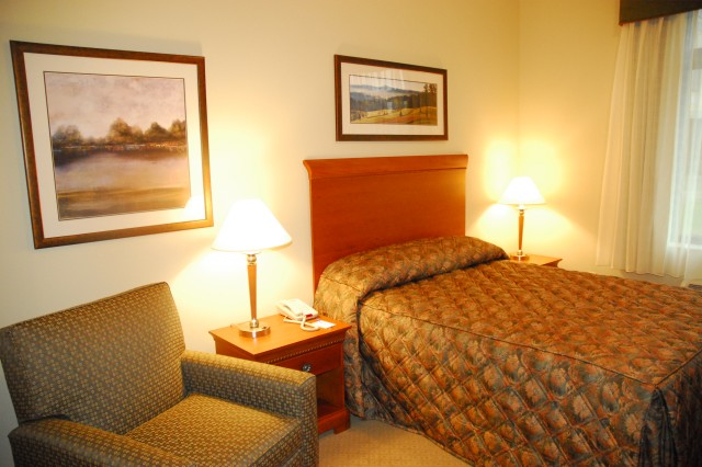 Standard rooms at the new Fort Jackson Inn feature recliners, high-speed Internet access, 27-inch flatscreen TVs with DVD players and kitchenettes. The hotel officially opened Wednesday.