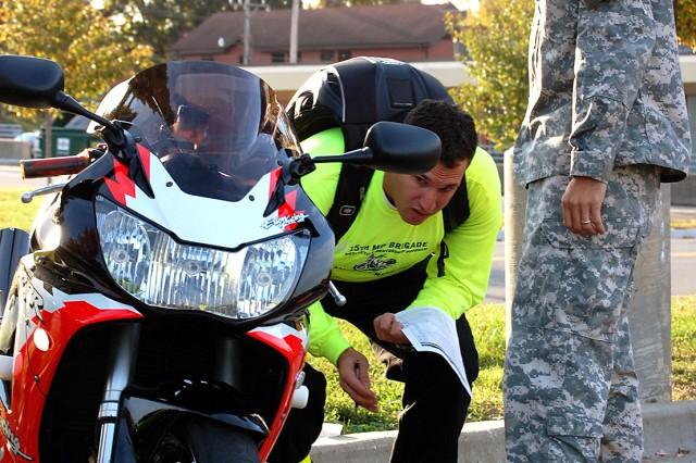 Motorcycle mentors lead autumn ride