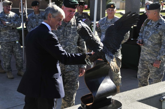 The Secretary of the Army visits Special Operations