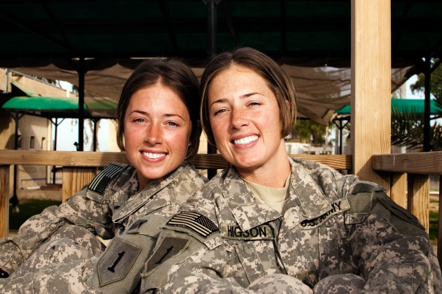 Army twins serve in Iraq