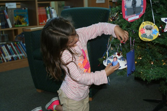 Our Heroes' Tree: Honoring servicemembers throughout the year