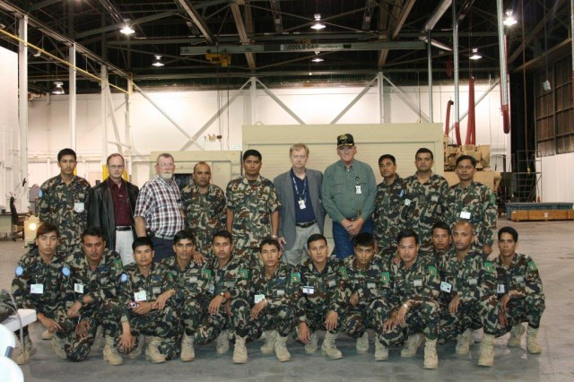 Nepalese students receive HMMWV training