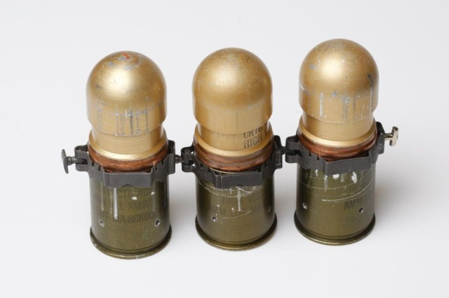 40mm Pivoting Coupling links grenades
