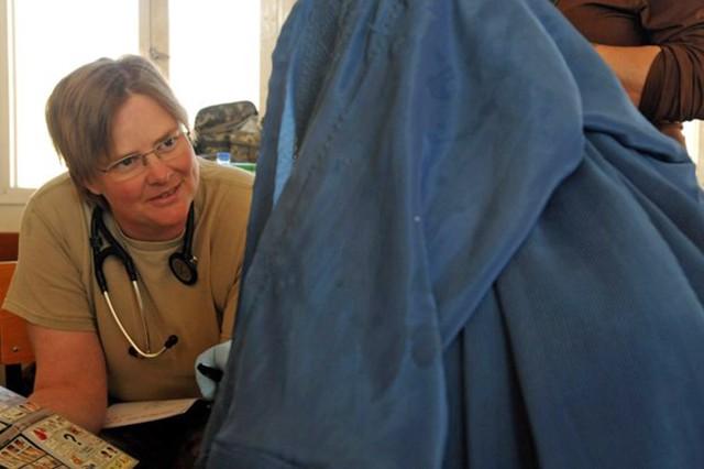 Treating Afghan woman