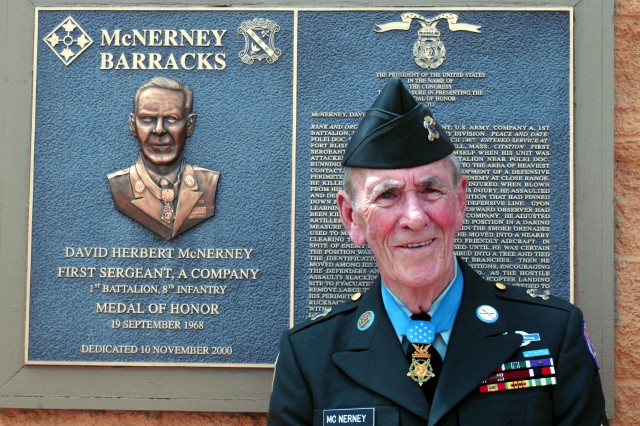 Medal of honor: Last living Ivy Div. recipient dies