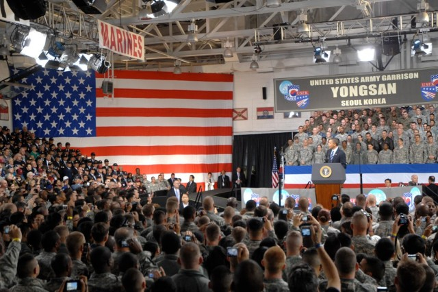 Obama honors Servicemembers on Veterans Day