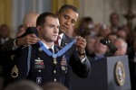Obama presents Medal of Honor to Soldier at White House