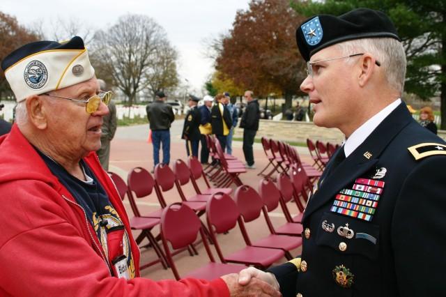 General Greets Pearl Harbor Veteran