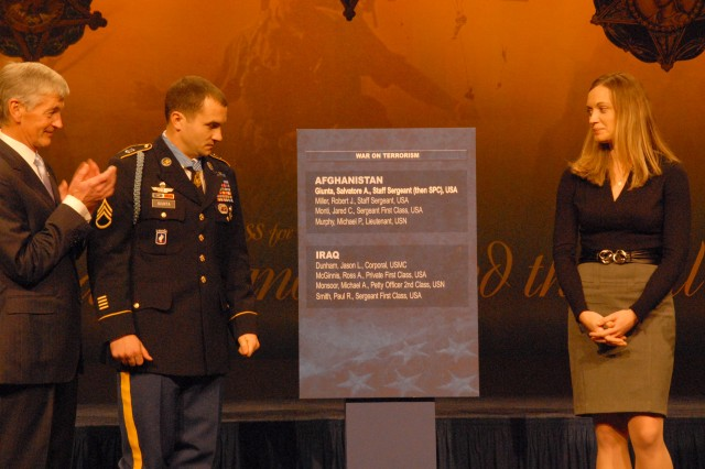 Giunta inducted into Pentagon Hall of Heroes