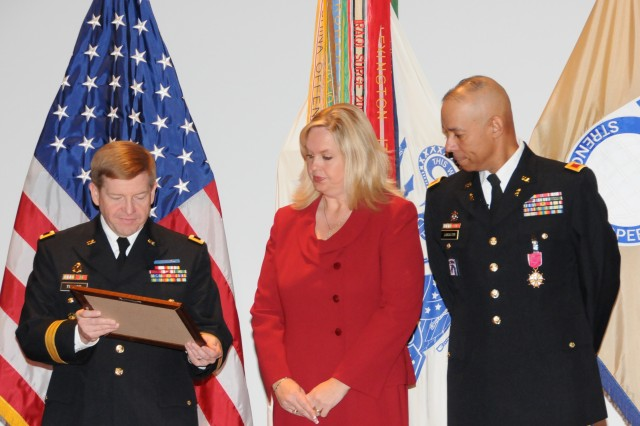 USASAC bids farewell to Chief of Staff
