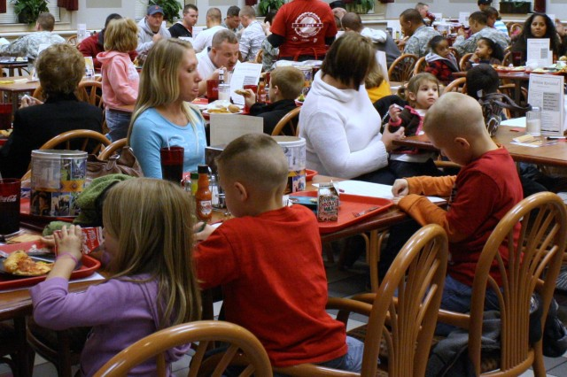 Families enjoy Military Family Appreciation Month dinner at Cantigny